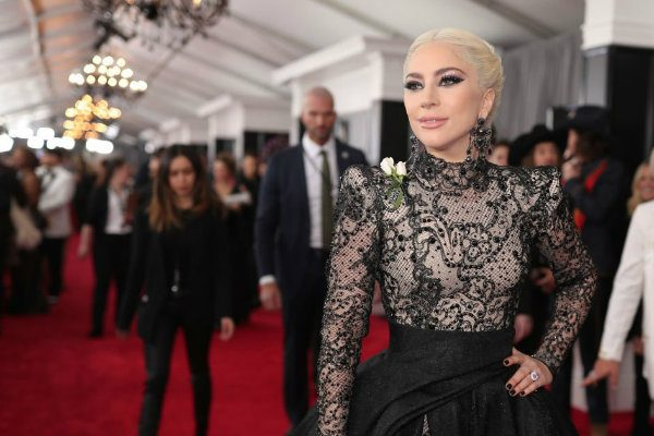 grammys 2018 red carpet lady gaga