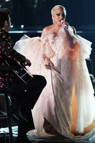 lady gaga stage outfit grammys 2018