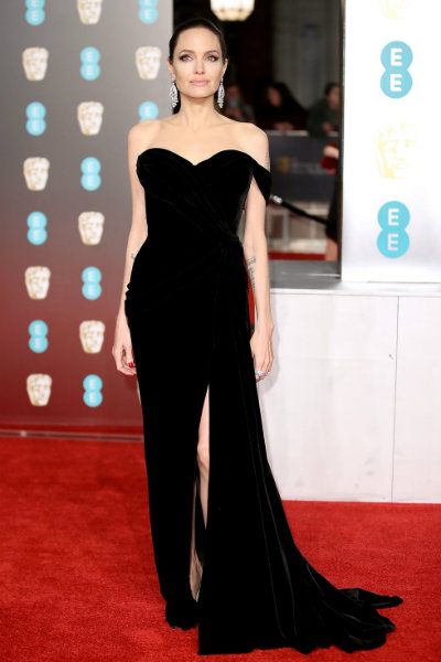 1_Angelina Jolie BAFTA 2018 red carpet ralph and russo